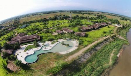 Barahi Jungle Lodge